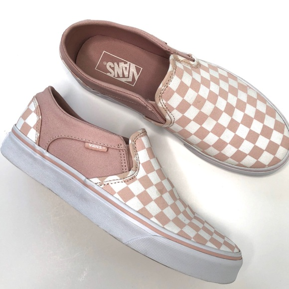 397a4ab43f Vans Women s Asher Checkerboard Slip On Sneaker. M 5b7ca2f325457a4ba3999803